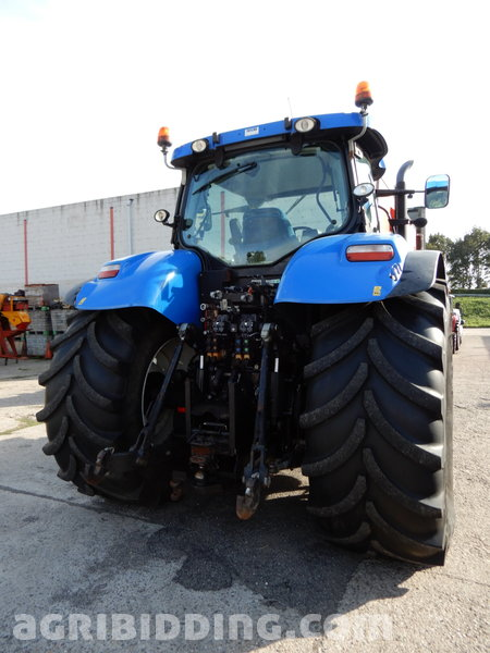 Tractor New Holland, T7 270 Autocommand, built in 2012